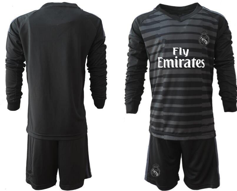 2018 19 Real Madrid Adult Men Soccer Goalkeeper Uniforms  25 COURTOIS  1  NAVAS BALE RAMOS MORATA ISCO MAN Jerseys Uniforms Kit S XL UK 2019 From  Zhuhao2 bcafa0fa8