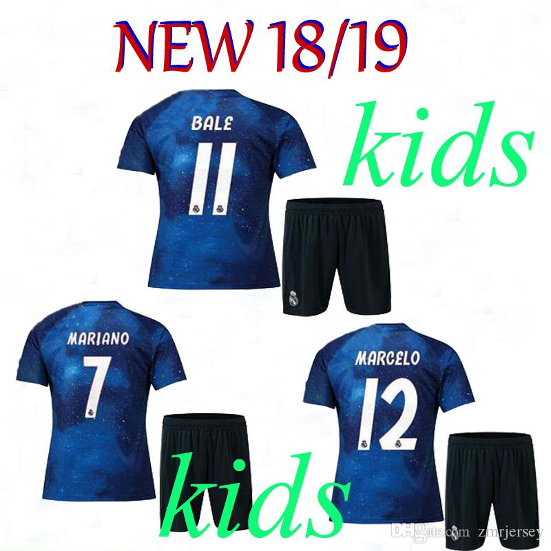5d2ae1378 2019 Kids Real Madrid Football Jersey 2018/19 Soccer Jerseys ISCO ASENSIO  BALE KROOS Child Soccer Shirts 2018 2019 Online with $22.49/Set on  Zmrjersey's ...