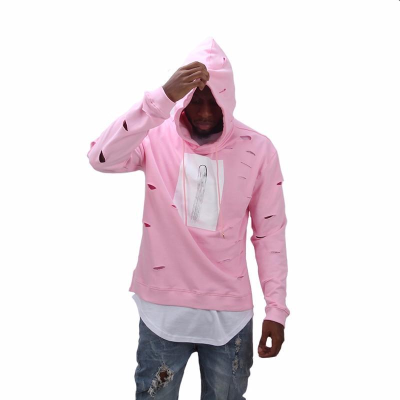 пацан в розовом худи отдельно помечено место