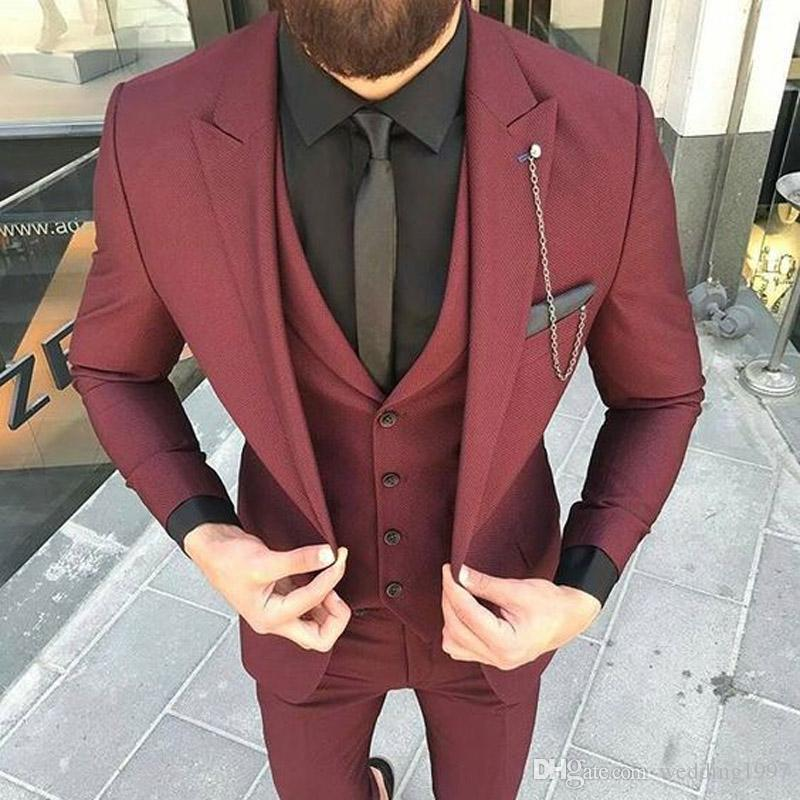 Burgundy Formal Men Suits for Groom Tuxedos Wedding Party Three Piece Jacket Pants Vest Slim Fit Blazer Peaked Lapel Man Suit