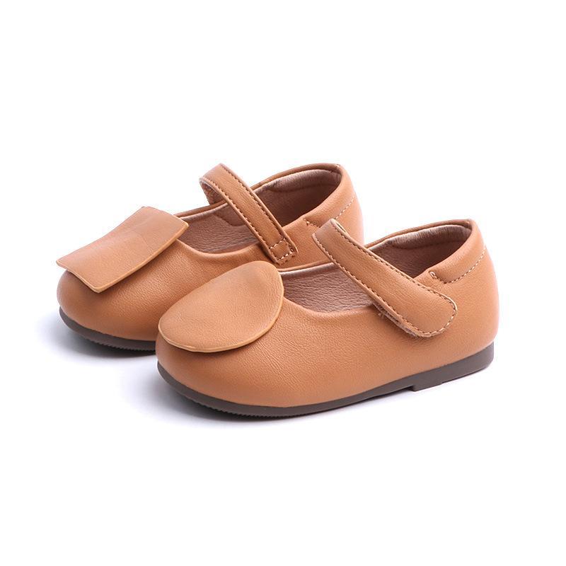 3724efce094 Compre Zapatos Para Niñas 2019 Primavera Nuevos Niños Princesa De Cuero  Zapato Para Caminar Caucho Parte Inferior Suave Niño Bebé Primeros  Caminantes 1 2 ...