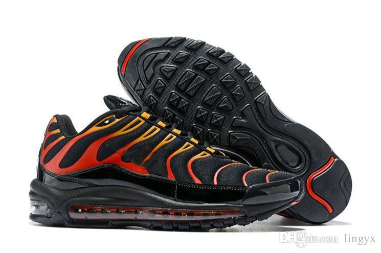 best website 66de5 e6dc0 Acheter Nike AIR MAX PLUS 97 2019 97 Plus TN Vente Chaude Chaussures De  Designer Noir Blanc Orange Baskets Hommes Courir Pour Haute Qualité 97s  Jogging ...