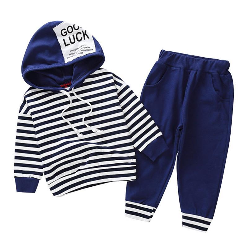 8267a2b61 Compre Bebê Meninos Conjuntos De Roupas 2019 Criança Menina Roupas De Moda  Listrado Moletom Com Capuz Set Outono Inverno Roupas Para 1 2 3 4 5 6 Ano  De ...
