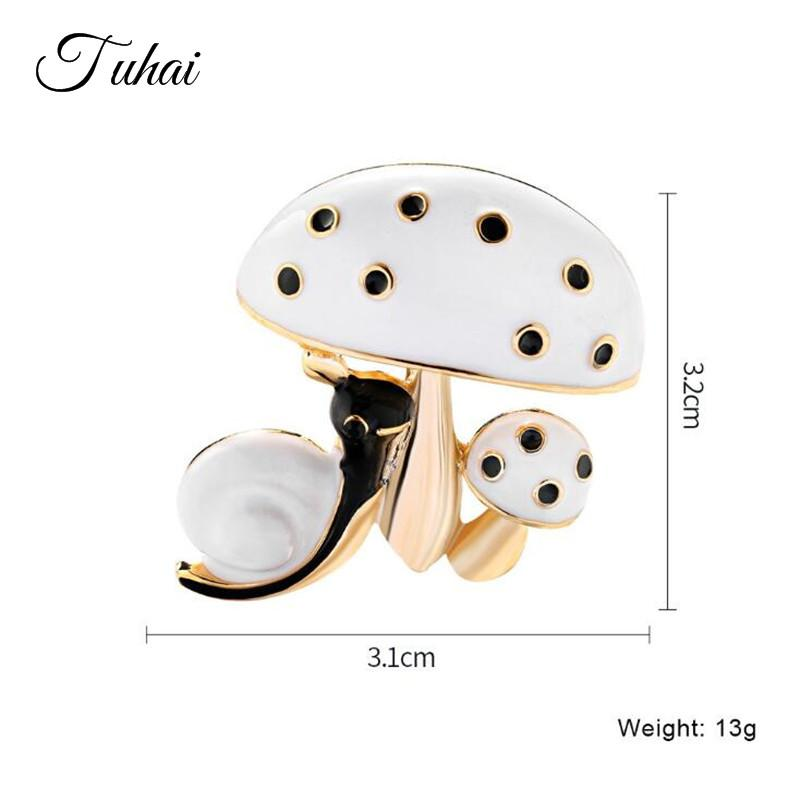 5pcs/lot Trendy Cute Animal Snail Mushroom Brooches for Women Wedding Dress Enamel Pins Men Suit Accessories Badges