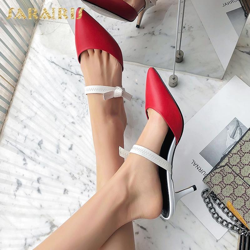 Hot sexy mature women in heels