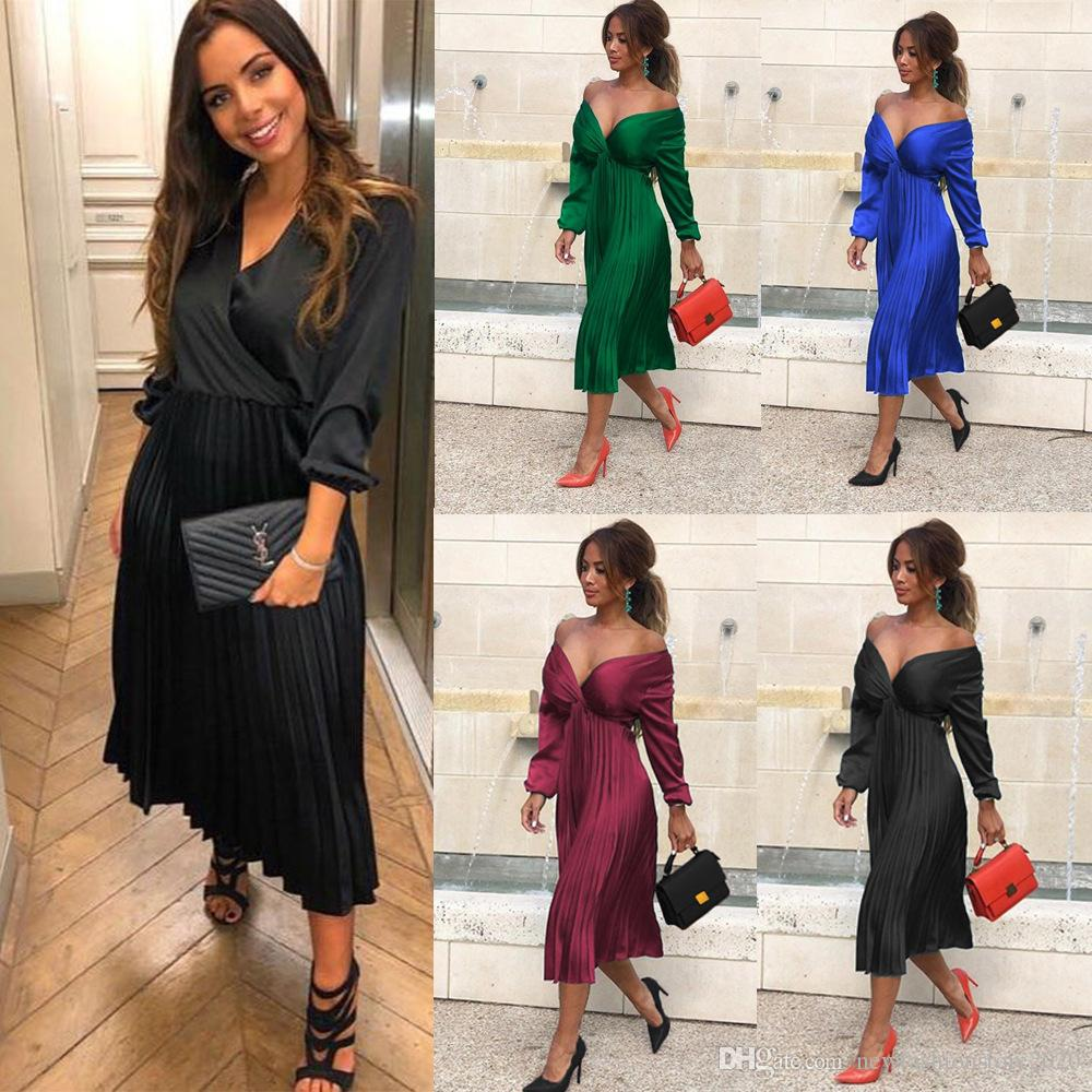 Casual Dresses Womens Long Sleeved V-neck Pleated Skirt Pure Color Simple Fashion Dress Women's Clothing 2019 Autumn and Winter Sales in New