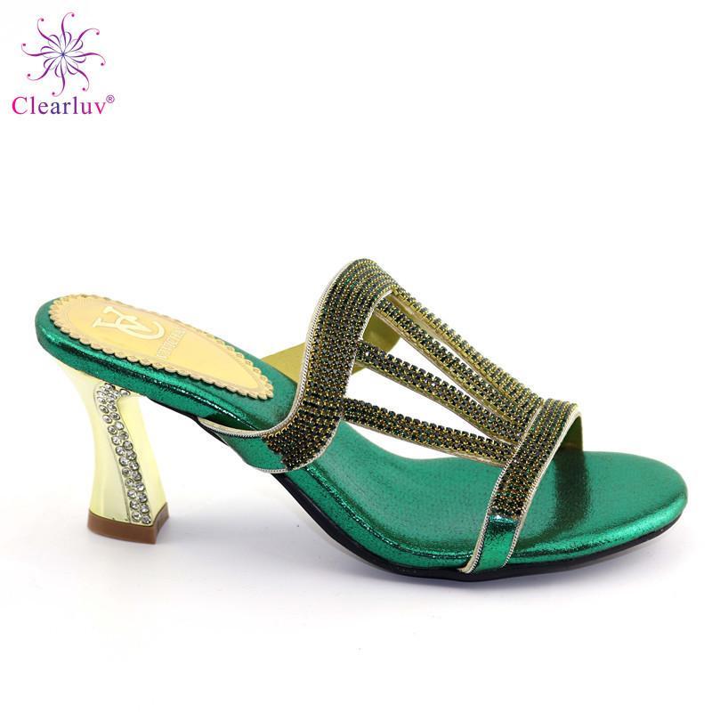 af509ad0ed Compre 2019 Zapatillas De Boda Africanas Zapatos Venta Caliente En  Nigeriano Peep Brillante Cristal Decorado En 11 Cm Tacones Altos De Alta  Calidad A $68.35 ...