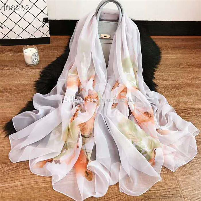 Free Delivery Hot Selling 2019 New pattern Paris Fashion Celebrity Shop 106262 Series Street Fashion Ladies High Quality Silk Scarves
