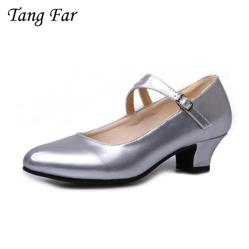 another chance 41559 f3f5a Designer Kleid Schuhe Große Größe 42-34 Frauen Latin Dance Lackleder Silber  Womens Party Pumps Schnalle Niedrigen Ferse Frau Mary Jane