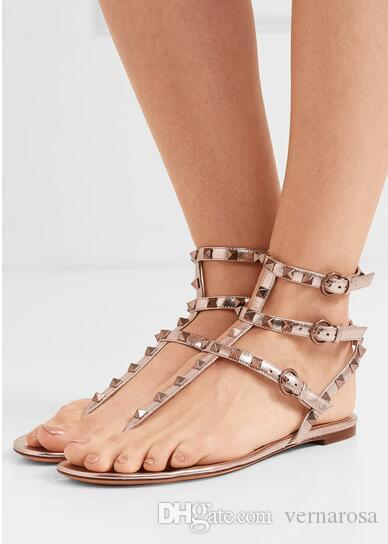 Luxurious Brands Summer Lady Leather Stud Sandals Flats Ankle Strap Rock T-strap Gladiator Sandals Party Wedding Dress With Box