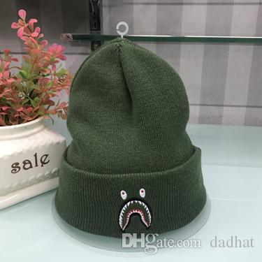 ee72c0680d7 Winter Unisex Caps Japan Brand Men Fashion Knitted Hat Classical ...