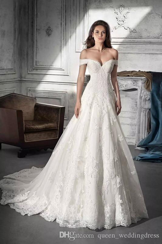 d7829da02e77 Acquista 2018 Abiti Da Sposa Robe De Mariée Demetrios 738 Avorio Pizzo  Applique Alti Spalla Lace Up Backless Custom Made A  190.59 Dal  Queen weddingdress ...