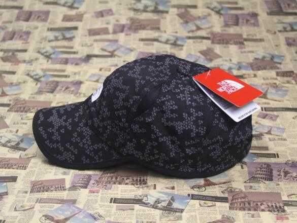 5324ee21b61af Fashion Face   North Breathable Baseball Cap Waterproof Speed Dry ...