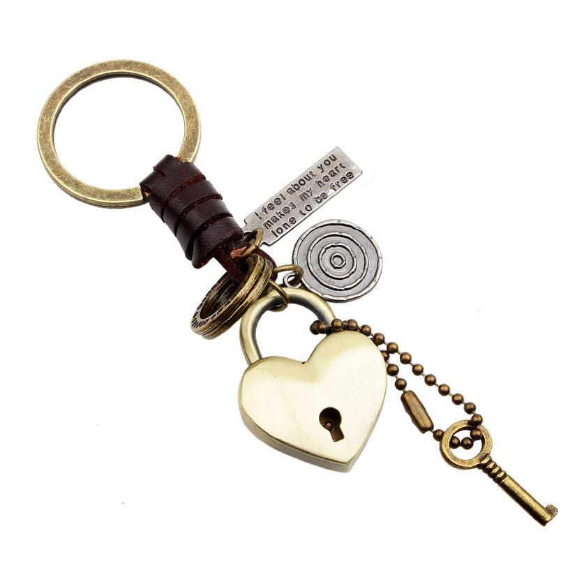 2019 Brand New Fashion Men Women Gift Keychains High Quality Creative Knitting Leather Vintage Bronze Alloy Heart Key Rings Wholesale LK003