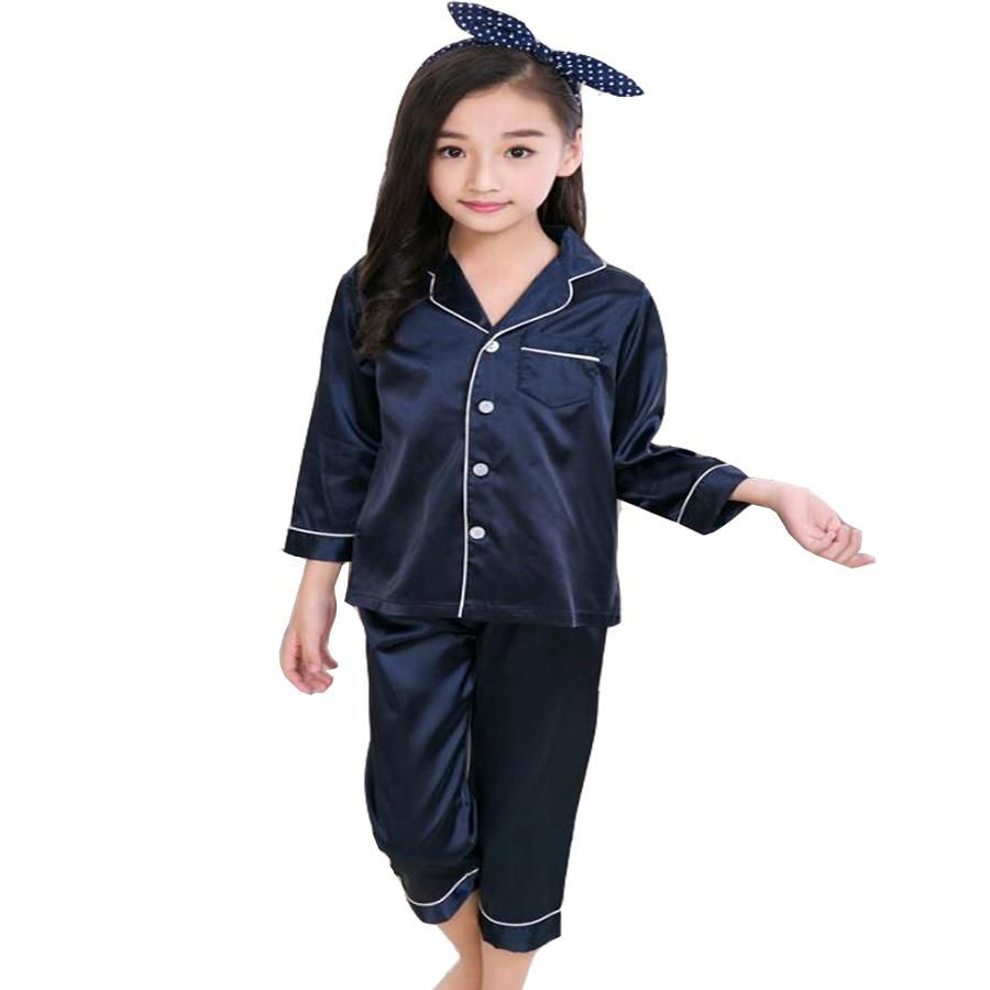 19f3f6878 Compre 2019 Primavera Otoño Pijamas De Seda Para Niños Conjunto Niños Niñas  Niños Ropa De Dormir Ropa De Dormir Ropa De Manga Larga Pijamas De Tela De  Seda ...