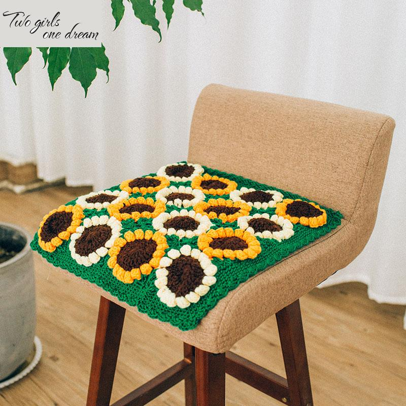 Hand Crochet hook lace sunflower pillowcase Cushion DIY Table Mat sunflower pillowcase hollowed green shooting props 40*40CM