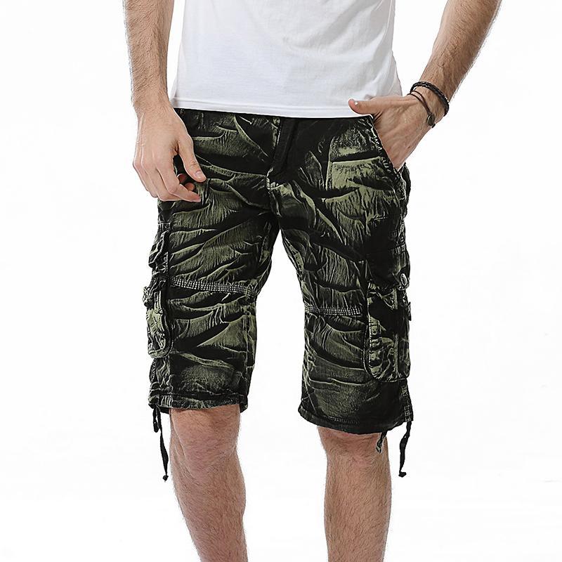 efce934f82f Compre Camo Shorts Militares Bermudas 2019 Camuflaje De Verano Pantalones  Cortos De Carga Hombres De Algodón Suelto Ejército Pantalones Cortos Marca  De Ropa ...