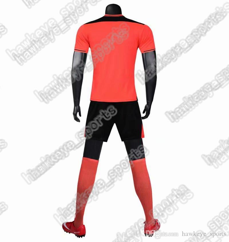 New Men's Sports Football uniform hot selling Customized Putuan Training Suit Breathable 2019 Short Shirt 247864658