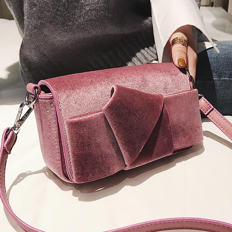 2019 Vintage Fashion Women Crossbody Bag Faux Fur Day High Quality Velvet Women  Shoulder Bag Handbag Small Bags Female Ladies Purse Leather Briefcase From  ... 400ef34a43ada