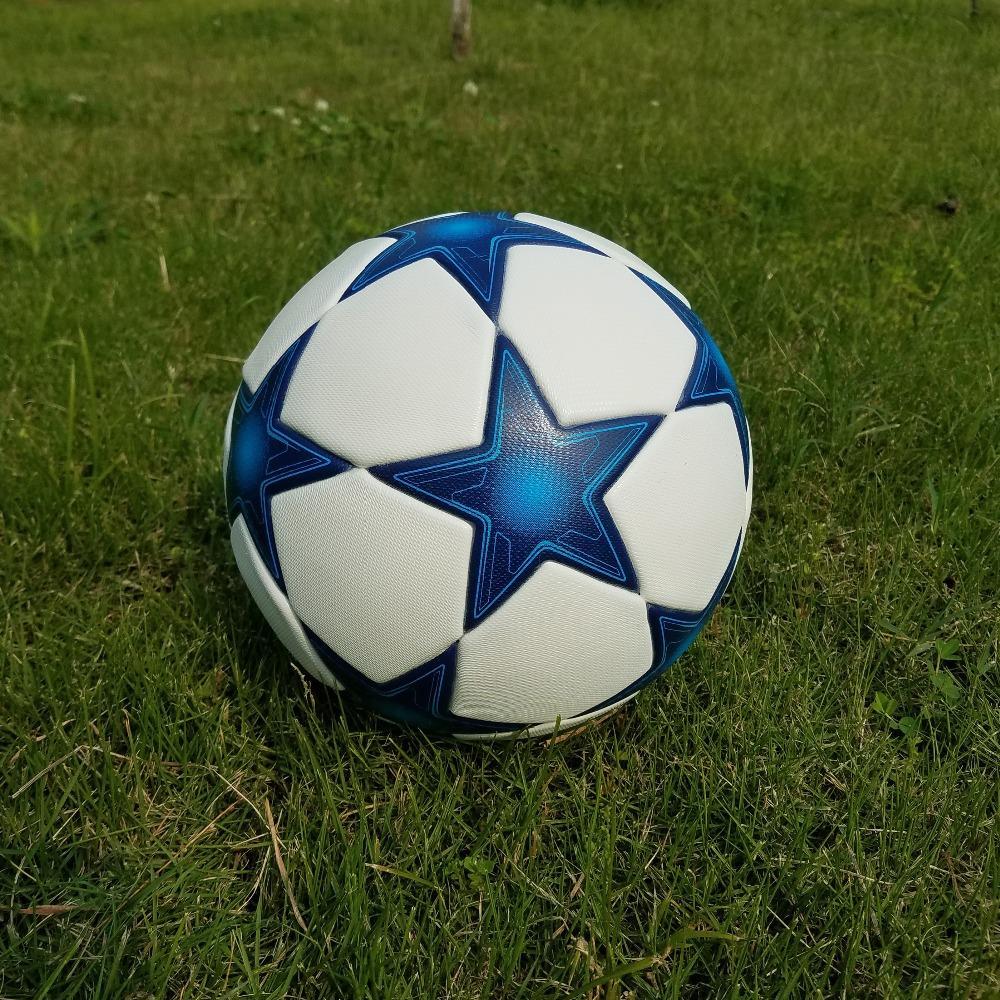 Compre 2018 Hot A ++ Premier PU Balón De Fútbol Tamaño Oficial 5 Balón De Fútbol  Balón De Fútbol Deporte Al Aire Libre Balones De Entrenamiento Futbol ... f2be73f89346f