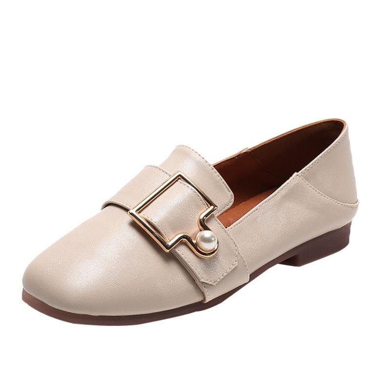 3ddf80c287303 Compre Corea Perla Zapatos Planos Mujer Zapatillas De Deporte De Moda  Zapatos De Cuero Mujer Otoño Sexy Gran Tamaño Slip En Mocasines Mujer Goma  Sapatilha A ...