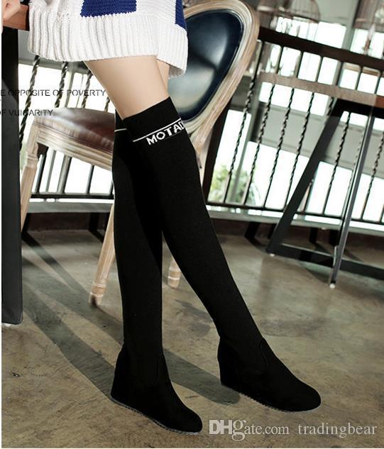 las mujeres del diseñador de lujo botas de ante negro alfabeto elástica sobre el muslo de la rodilla tamaño de botas altas de tacón de cuña 33 a 42 43