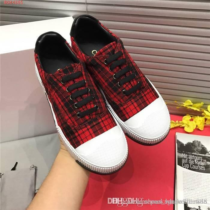 Latest Womens classic casual plaid striped board shoes Round head flat bottom outdoor mountaineering running shoes,With box