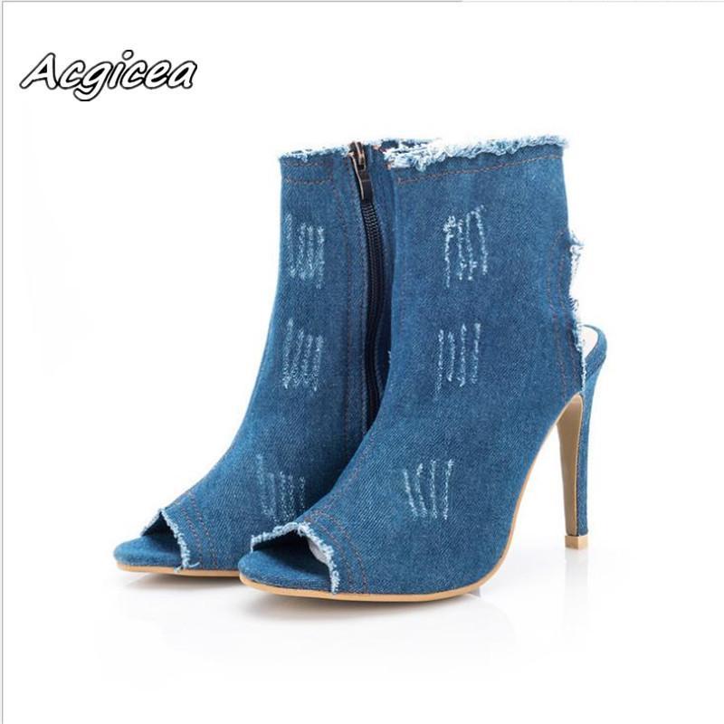 585ac4613ba Compre Zapatos De Vestir 2019 Verano Nueva Moda Tacones Altos Boca De  Pescado Botas Huecas De Las Mujeres Lavadas Denim Sandalias De Lona Mujer  Super Alta ...