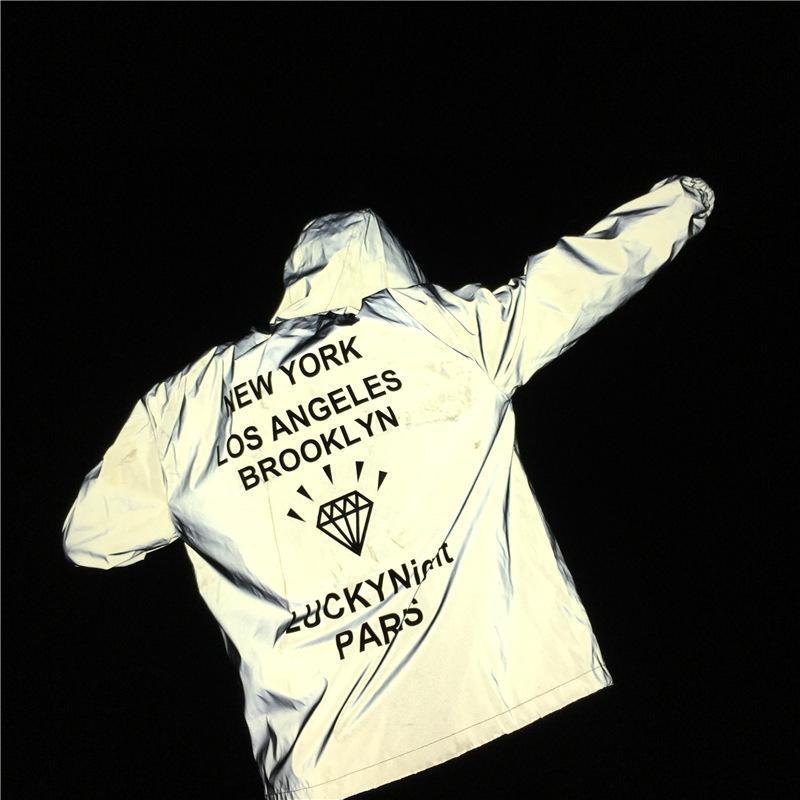 diseño de calidad 0bff5 97b07 Hombres 3M chaqueta reflectante letras impresas de diamantes NUEVA YORK  BROOKLYN con capucha suelta abrigos casuales Chaquetas rompevientos