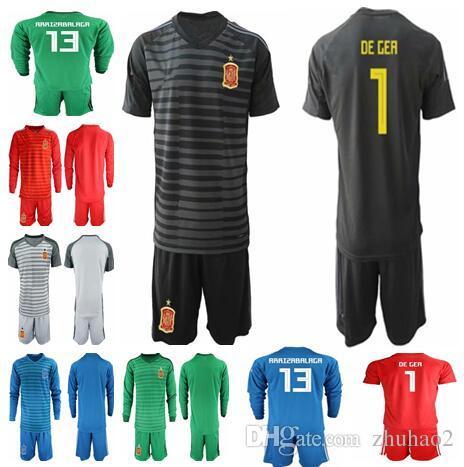60c021a575b Compre 2018 Copa Del Mundo De España Camiseta De Portero De Fútbol   1  DEGEA   1 CASILLAS   25 REINA   13 ARRIZABALAGA Uniformes De Fútbol Portero  A  18.79 ...