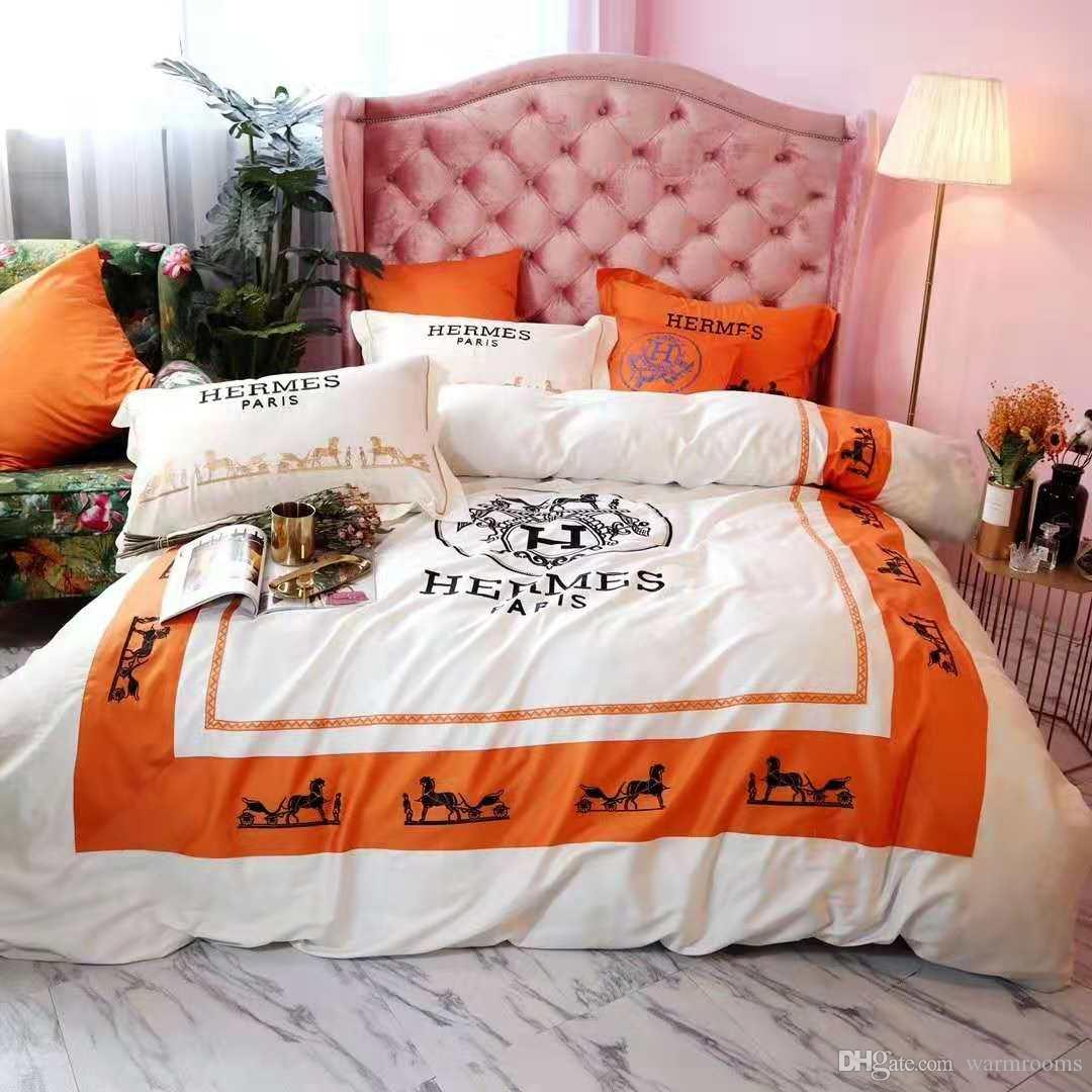 White Orange 4PCS Bedding Sets Fashion Design Letter H Polyester Colors Winter Bed Sheet Queen King Size Fashion PillowCase Duvet Cover
