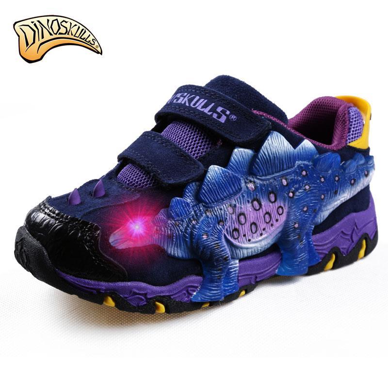 4e25e194a62fbc Compre Dinoskulls Coreanos Zapatos De Los Niños Zapatillas De Deporte 2017  Luces Led De Cuero Transpirable 3D Boys Dinosaur Shoes Tenis Running Sports  Shoes ...