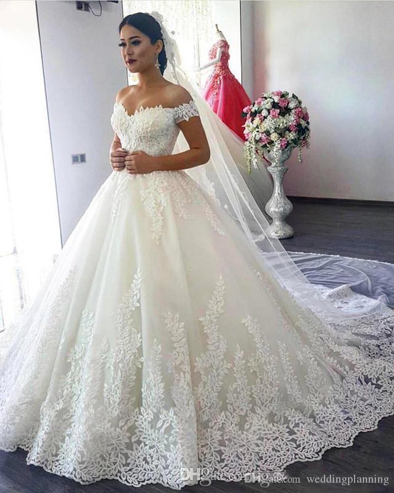 5f677e861 Vestidos De Noivas Baratos Luxo Nupcial Vestidos De Princesa Vestido Fora  Do Ombro Querida Espartilho Lace Applique Babados Catedral Vestido De Baile  ...