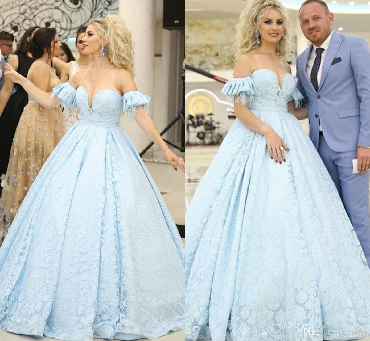 best quality 42ee7 ffd7a 2019 Abiti da sera vintage azzurri Abiti da cerimonia di moda in pizzo con  applicazioni di abiti da ballo