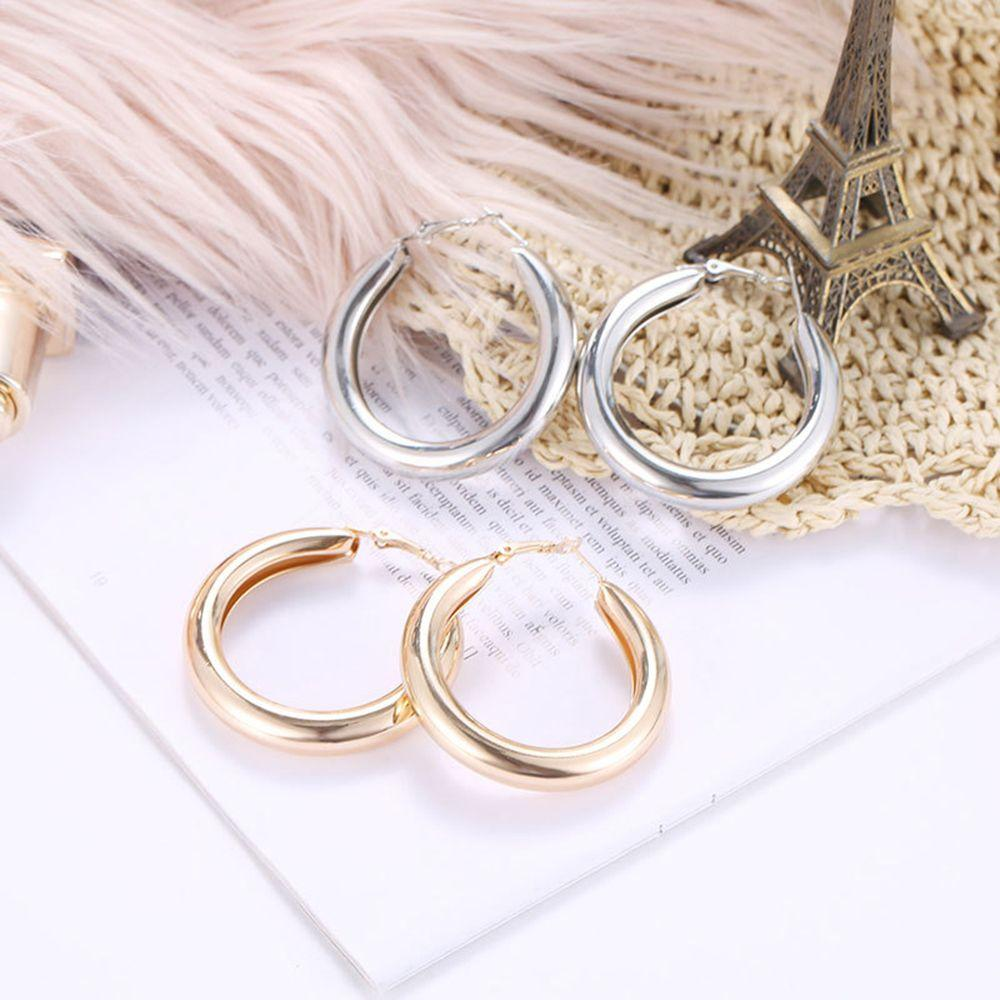 Tendy Personality Hoop Earrings Simple Thick Round Minimalist Statement Earrings for Woman Girls Jewelry Accessories Gifts