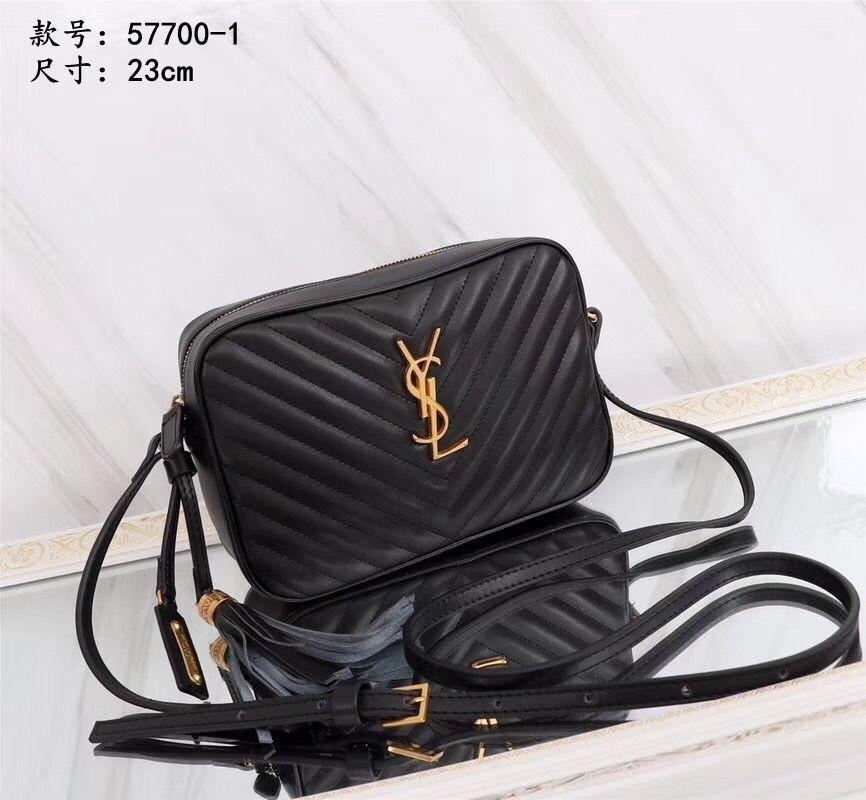 487f7c61b843 2019 ladies diagonal bag female new wild fashion matte one shoulder  diagonal cross color small square bag