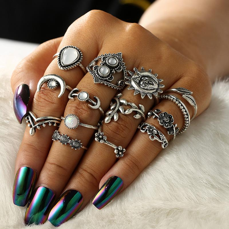 Vintage 14 Pcs/Set Leaf Moon Flower Knuckle Rings for Women Girls Stackable Midi Finger Combination Ring Set For Women Christmas Gift M274R