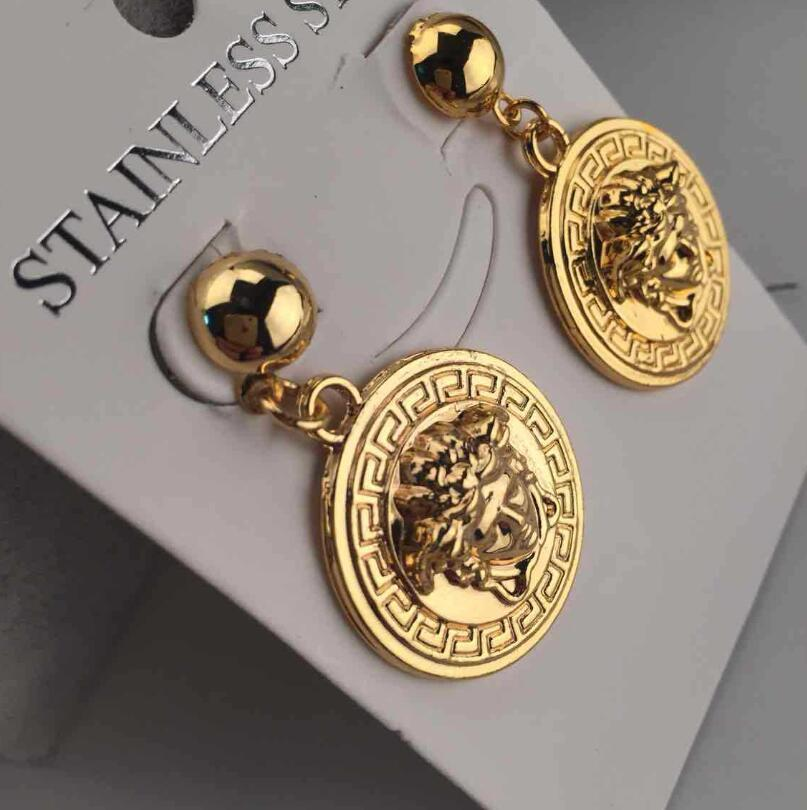 Classic Vogue Letter Designer Earring Gold Round Ear Stud for Women Girl Lady Jewelry Free Shipping