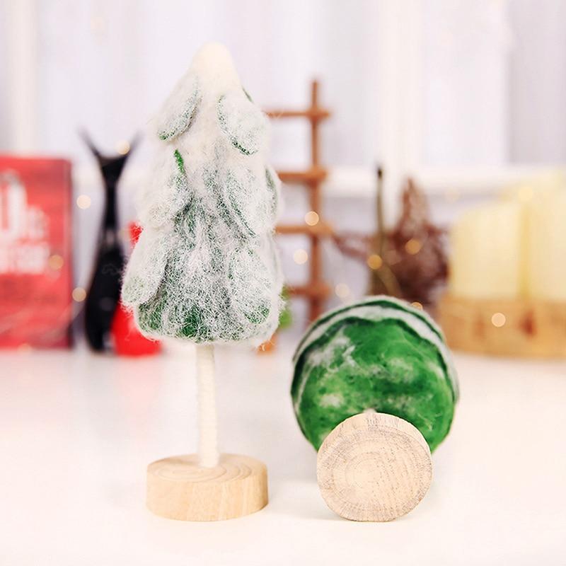 Diy Weihnachtsbaum.Neue Kleine Diy Weihnachtsbaum Gefälschte Kiefer Mini Sisal Flaschenbürste Weihnachten Santa Snow Frost Dorfhaus Großhandel
