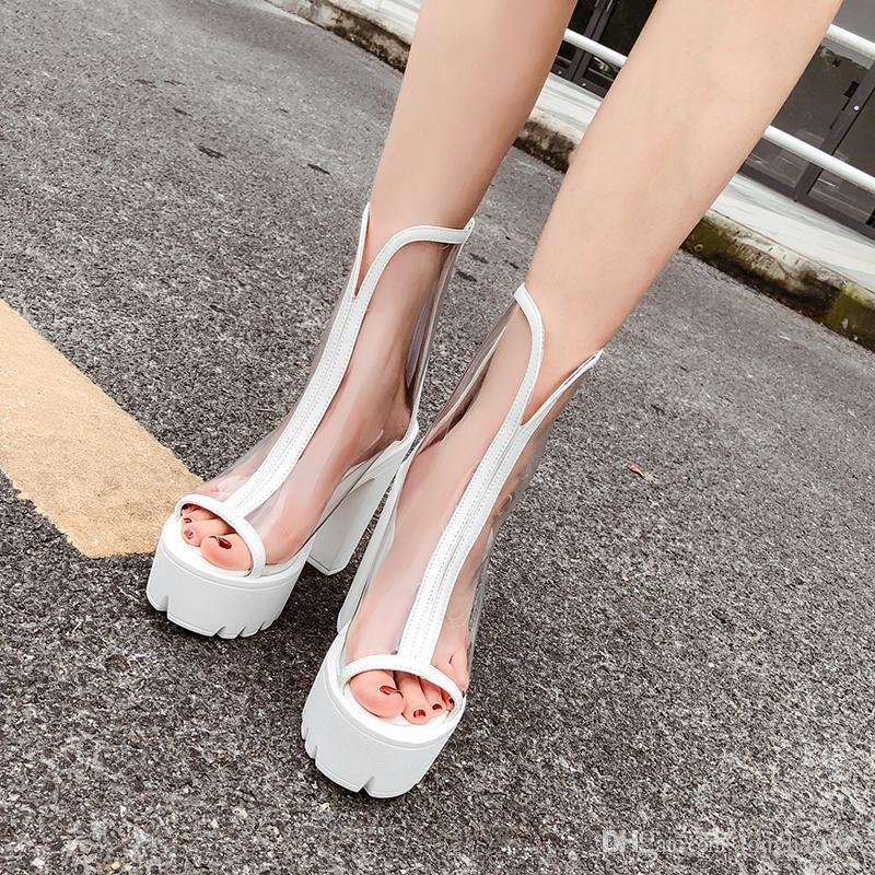 df6a10215 Compre Sandálias Transparentes Sapatos Brancos Sandálias De Verão De Salto  Alto Transparente Sapatos Ankle Boots Para Mulheres Sandálias De Moda  YMA815 De ...