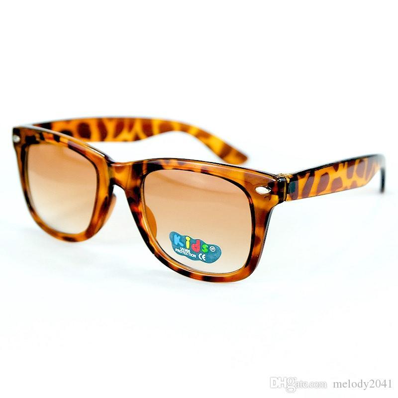 20d715aab08ed ... Crianças Óculos De Sol Colorido Óculos De Armação Legal Óculos De Sol  Do Bebê 12 Cores De Boa Qualidade Proteção UV400 De Melody2041