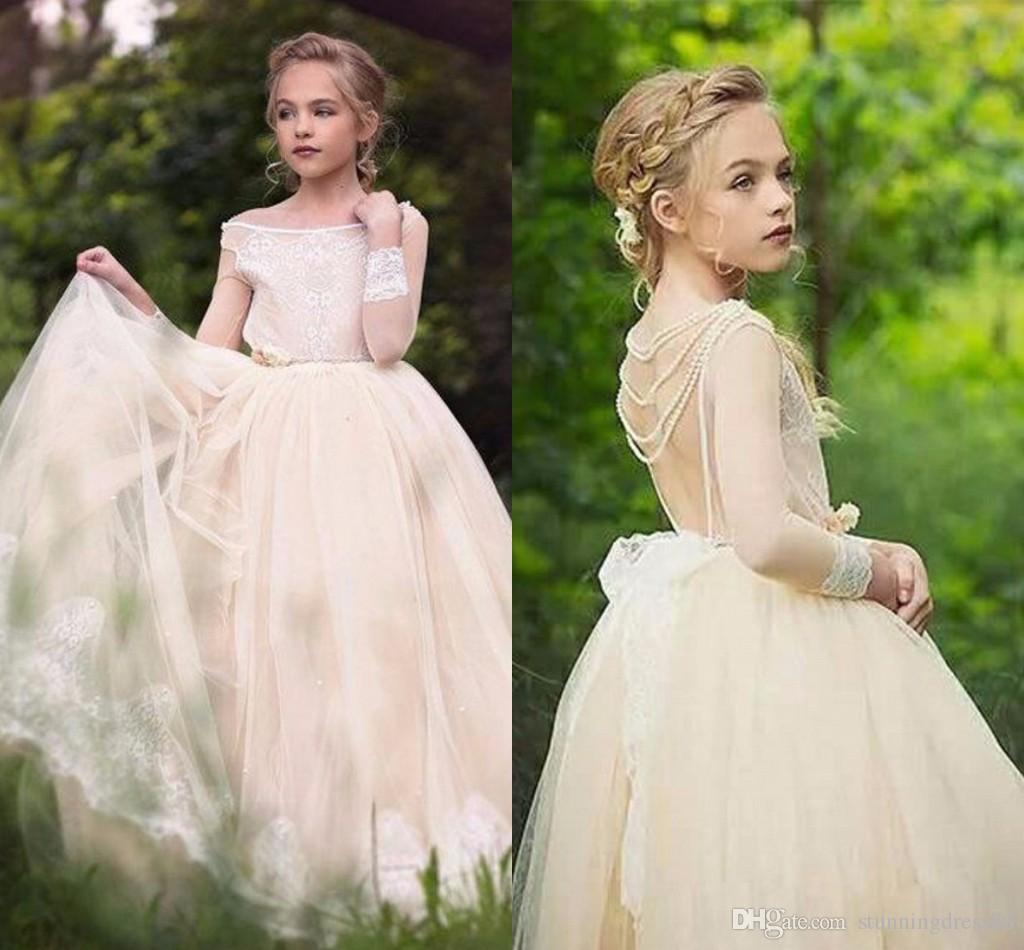 Romantic Champagne Country Flower Girls Dresses For Wedding off the shoulder with Sleeves Lace Applique Pearls First Communion Dress