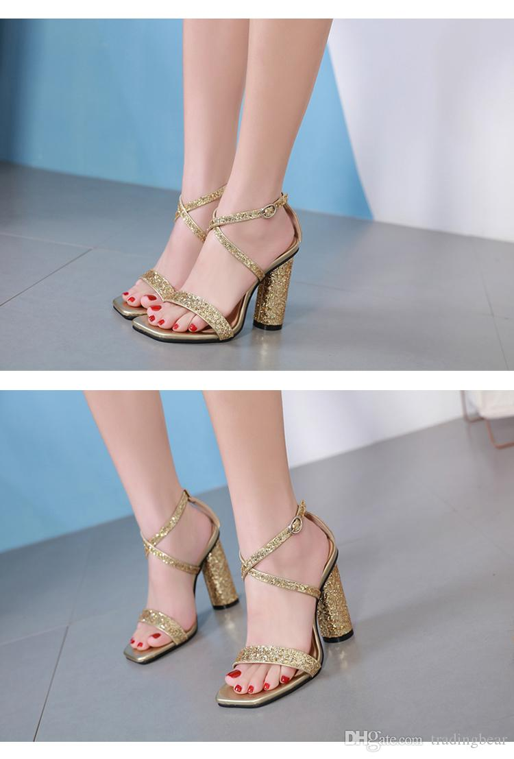 2019 Glitter green red sequined cross strappy wedding shoes silver gold thick heels luxury designer sandal women shoes Size 35 To 40