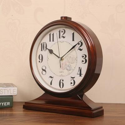 Office Decoration Furnishing Desktop Bedroom Alarm Mute Retro Silence Pendulum Table Quartz Clock Night Desk Vintage Clock LY451