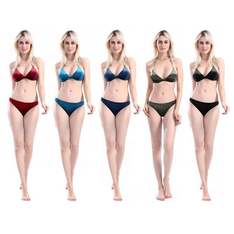 d262e71235f4 Bikini de dos piezas de terciopelo sexy de Pleuche para mujer Halter  Profundo con cuello en v Giro Cruzado Triángulo delantero Sujetador Brillo  Color ...