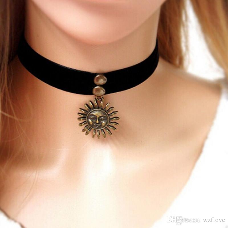 Gothic Punk Style Sun&Moon Pendent Black Velvet Ribbon Choker Necklace for Woman Metal Alloy Tattoo Gift