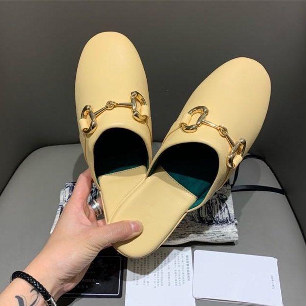 2020 luxo mulheres Princesstown amarelas mulas couro reais calcanhares moda italiana sapatos de grife de luxo de tamanho de 35 a 40 tradingbear