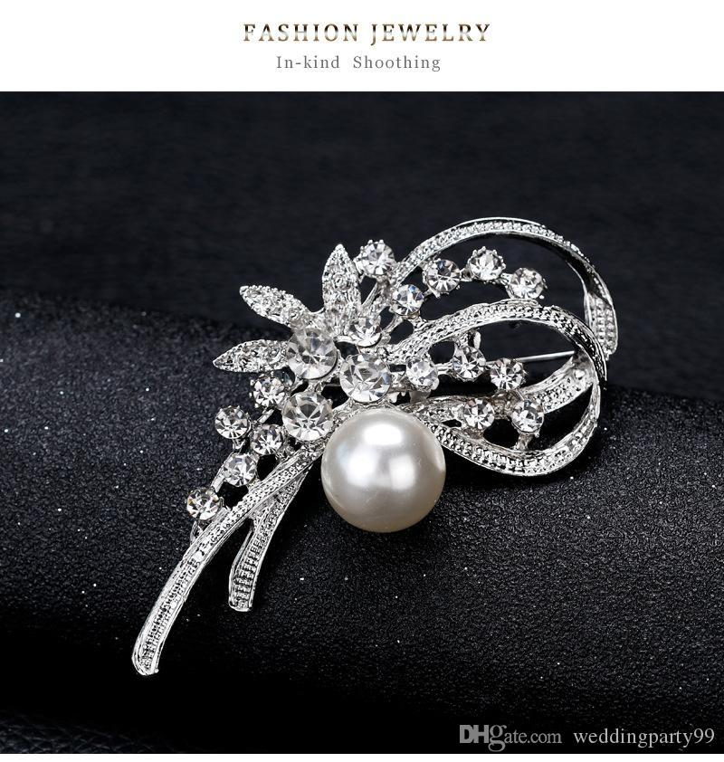 e76603400809a 2019 New Wedding Jewelry Shining Crystal Brooch Pins Silver Daffodil Flower  Pearl Brooches Fashion Party Jewelry