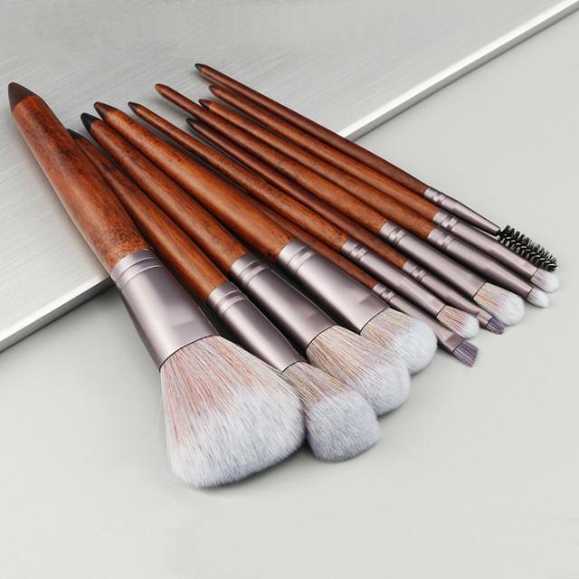 b344f96ae3c5 11 Pcs Wood Makeup Brushes Powder Concealer Blush Liquid Foundation Face  Make Up Brush Tools Professional Beauty Cosmetics