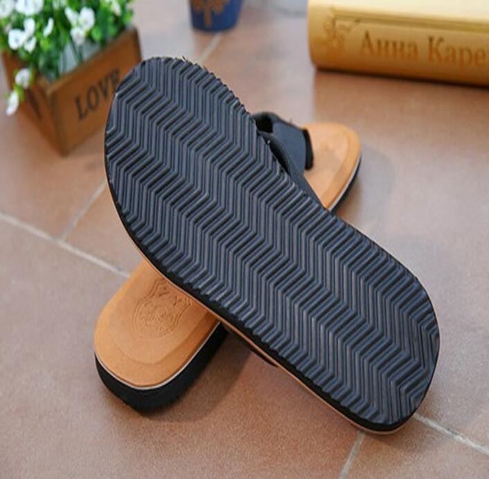 634512f69de0 2018 Outdoor Waterproof Slippers Large Size Beach Shoes Summer Classic  Slippers Men Lightweight 242 From Stunning88, $77.38 | DHgate.Com